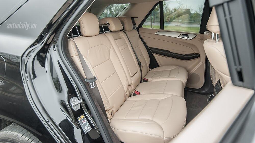 Đánh giá Mercedes-Benz GLE400 4Matic: Bước chuyển mình ngoạn mục - Hình 11