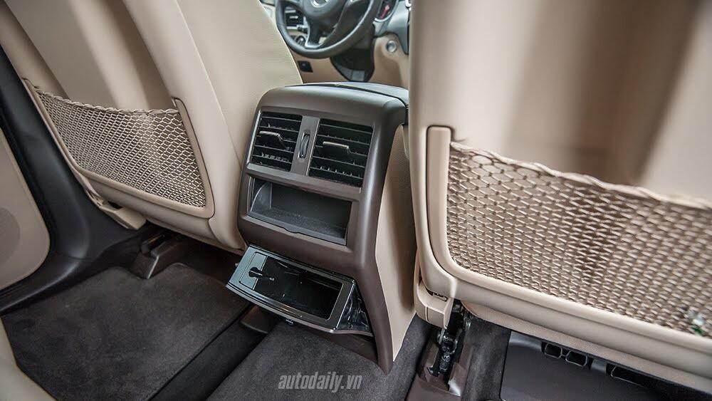 Đánh giá Mercedes-Benz GLE400 4Matic: Bước chuyển mình ngoạn mục - Hình 12