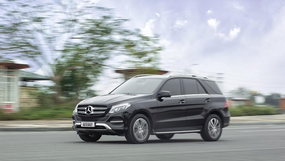 Đánh giá Mercedes-Benz GLE400 4Matic: Bước chuyển mình ngoạn mục - Hình 23