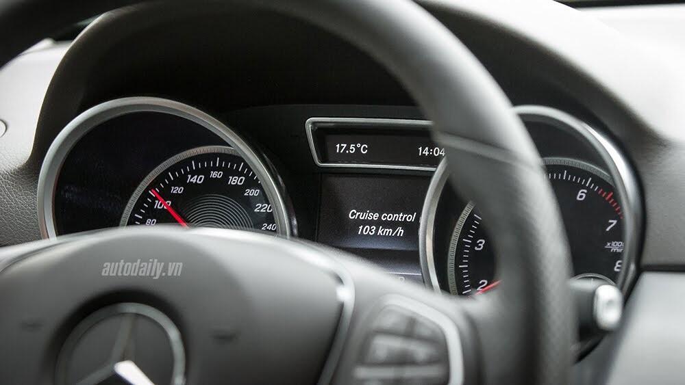Đánh giá Mercedes-Benz GLE400 4Matic: Bước chuyển mình ngoạn mục - Hình 28