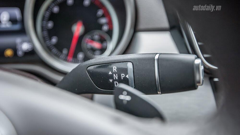 Đánh giá Mercedes-Benz GLE400 4Matic: Bước chuyển mình ngoạn mục - Hình 29