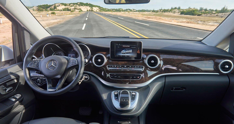 """Đánh giá Mercedes-Benz V220d – """"Ngôi nhà di dộng"""" cho khách hàng Việt - Hình 7"""