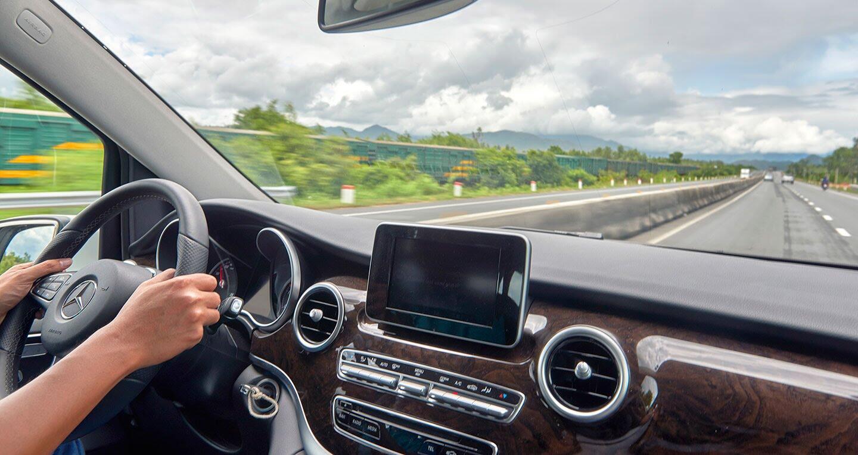 """Đánh giá Mercedes-Benz V220d – """"Ngôi nhà di dộng"""" cho khách hàng Việt - Hình 9"""