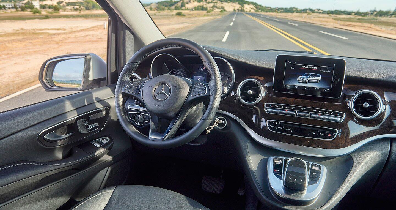 """Đánh giá Mercedes-Benz V220d – """"Ngôi nhà di dộng"""" cho khách hàng Việt - Hình 10"""