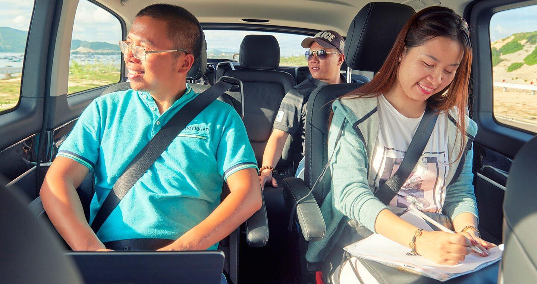 """Đánh giá Mercedes-Benz V220d – """"Ngôi nhà di dộng"""" cho khách hàng Việt - Hình 24"""