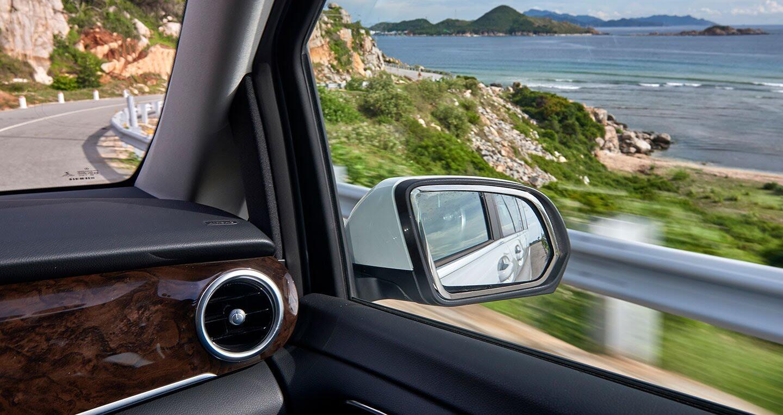 """Đánh giá Mercedes-Benz V220d – """"Ngôi nhà di dộng"""" cho khách hàng Việt - Hình 26"""