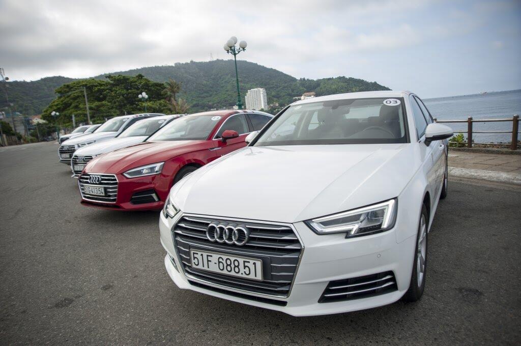 Đánh giá nhanh Audi Q5 2017 - động cơ 2.0L tăng áp, nội thất đẹp, ngoại hình giống Q7 - Hình 4