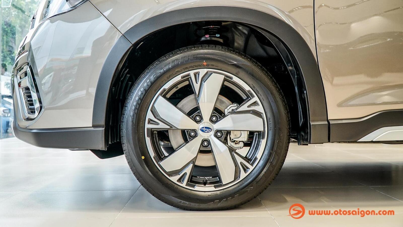 Đánh giá nhanh Subaru Forester thế hệ mới và sự khác biệt giữa hai phiên bản - Hình 14