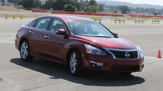 Đánh giá Nissan Teana 2.5SL - Hình 13