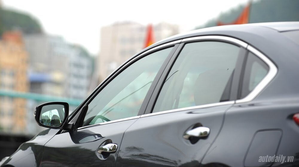 Đánh giá Nissan Teana 2.5SL qua hành trình 300km - Hình 4