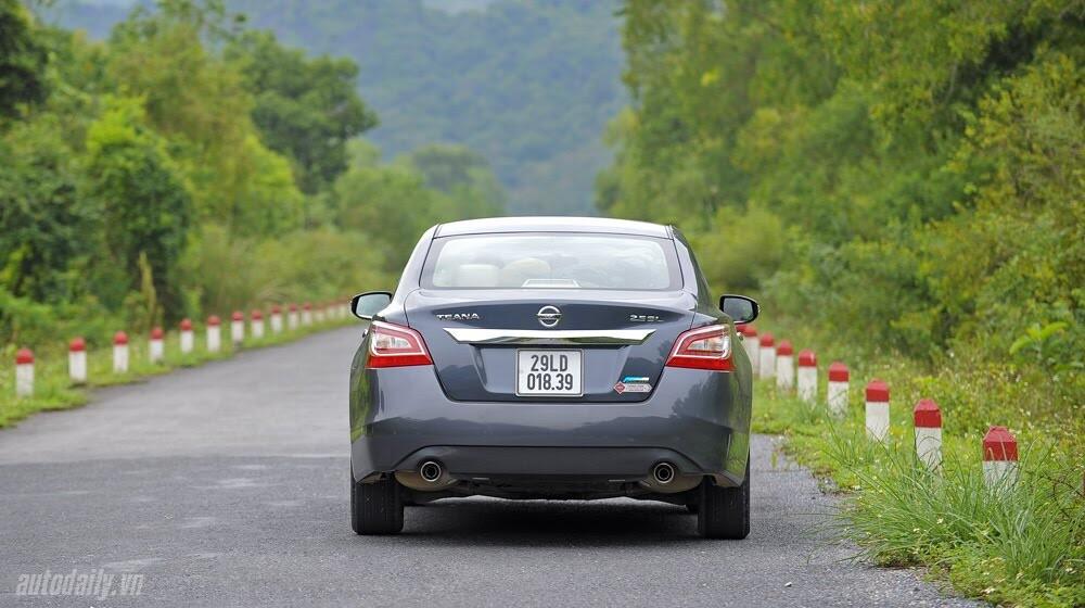 Đánh giá Nissan Teana 2.5SL qua hành trình 300km - Hình 5