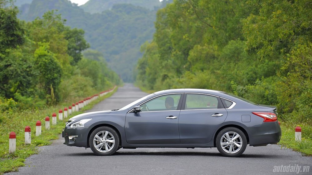 Đánh giá Nissan Teana 2.5SL qua hành trình 300km - Hình 6