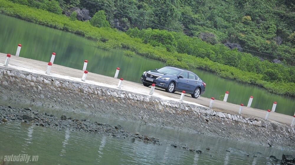 Đánh giá Nissan Teana 2.5SL qua hành trình 300km - Hình 10