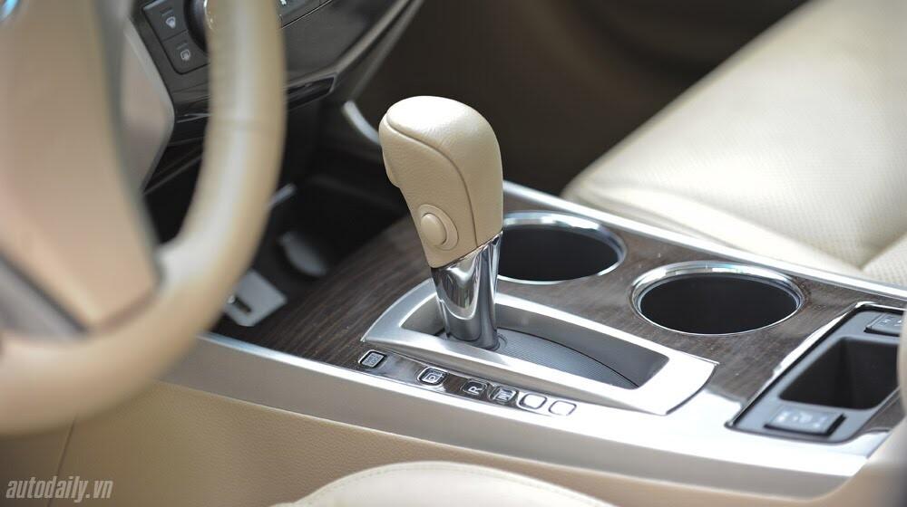 Đánh giá Nissan Teana 2.5SL qua hành trình 300km - Hình 13