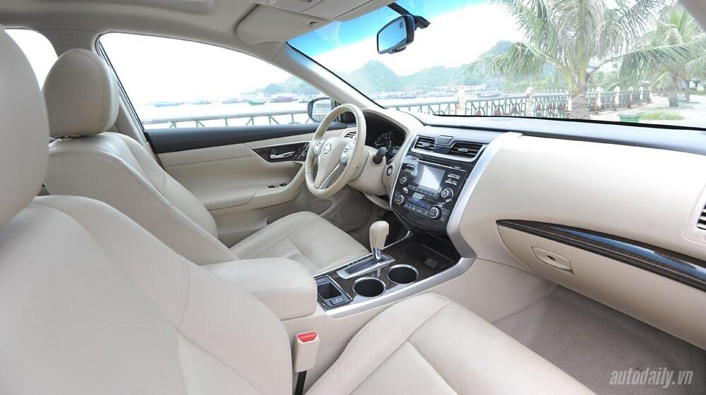 Đánh giá Nissan Teana 2.5SL qua hành trình 300km - Hình 16