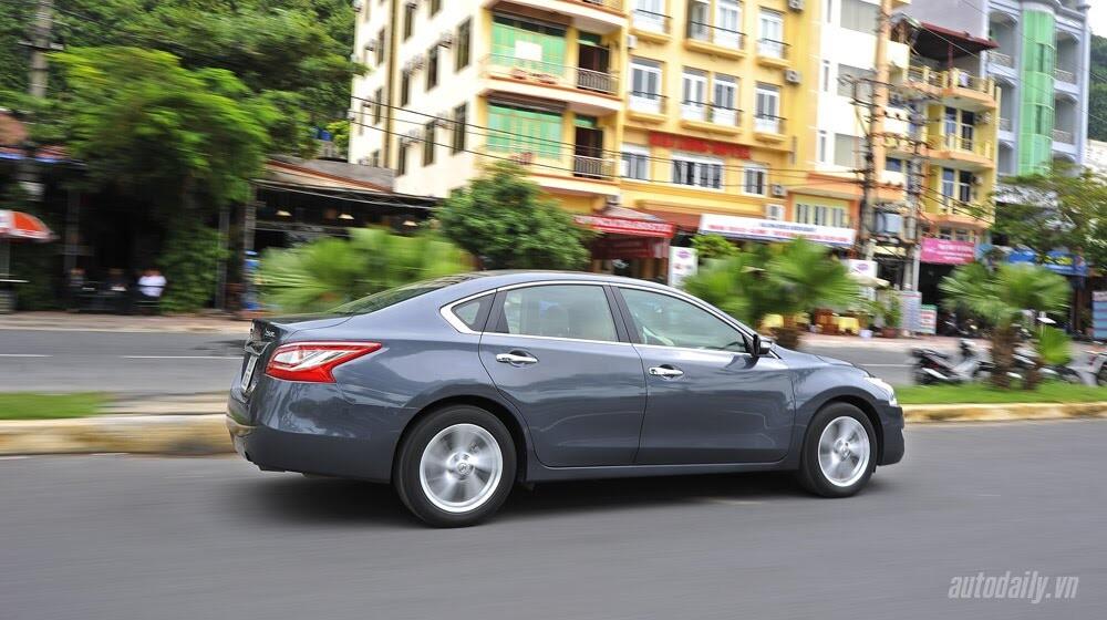 Đánh giá Nissan Teana 2.5SL qua hành trình 300km - Hình 25