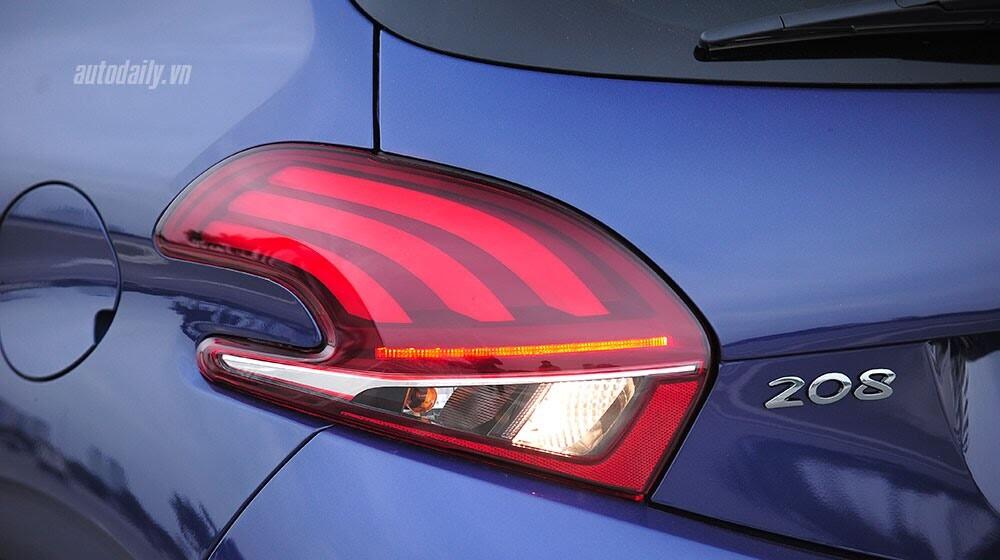 """Đánh giá Peugeot 208 – """"Xế"""" nhỏ đẳng cấp châu Âu - Hình 4"""