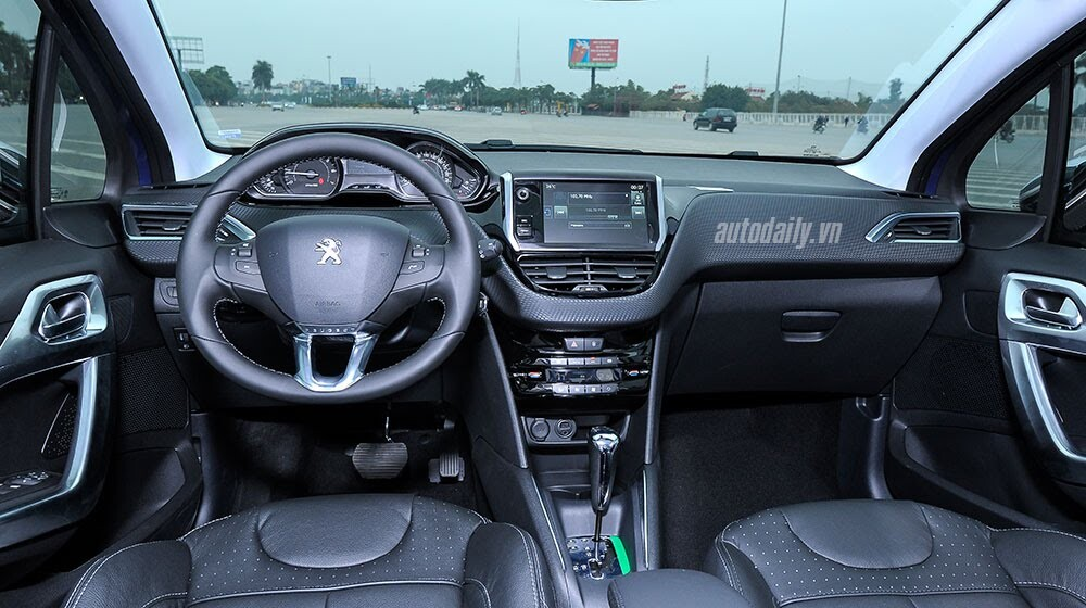 """Đánh giá Peugeot 208 – """"Xế"""" nhỏ đẳng cấp châu Âu - Hình 6"""