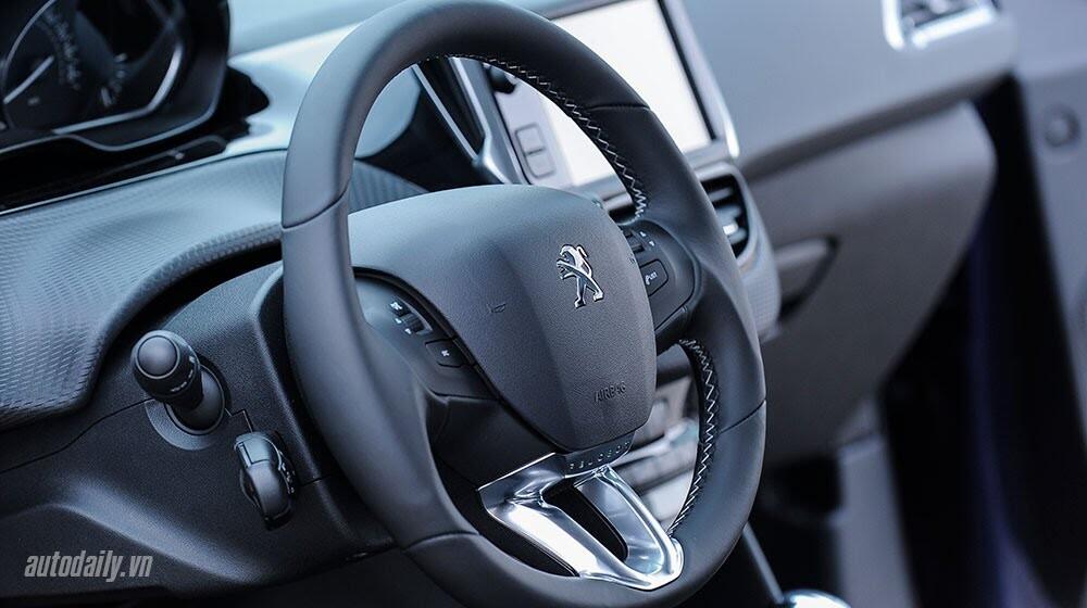 """Đánh giá Peugeot 208 – """"Xế"""" nhỏ đẳng cấp châu Âu - Hình 8"""