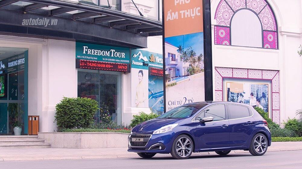"""Đánh giá Peugeot 208 – """"Xế"""" nhỏ đẳng cấp châu Âu - Hình 14"""