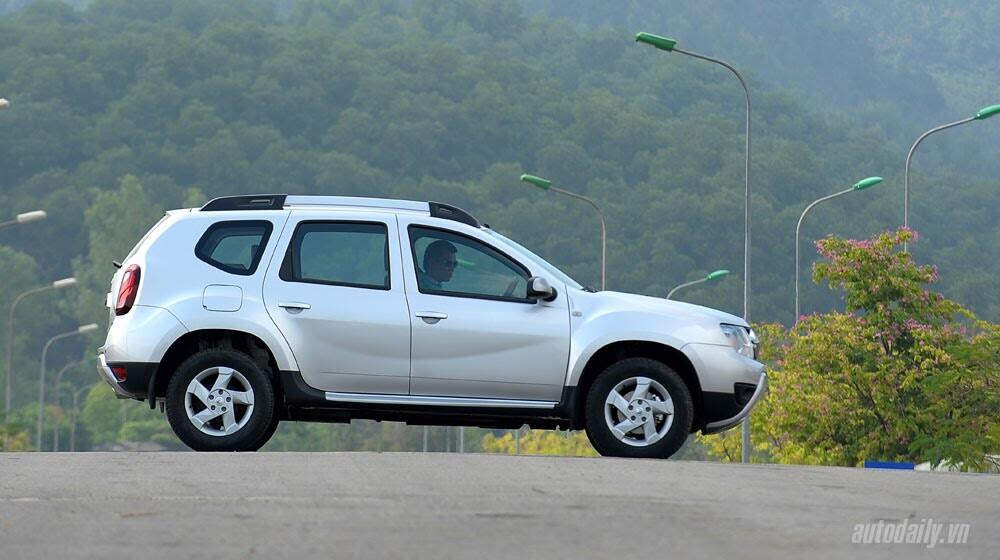 Đánh giá Renault Duster: SUV cho người thực dụng - Hình 3