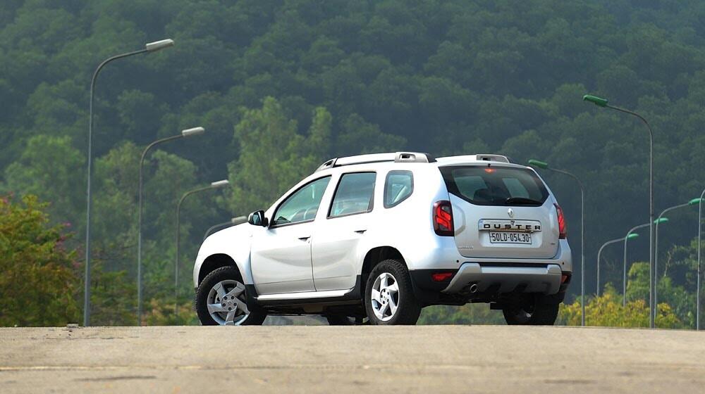Đánh giá Renault Duster: SUV cho người thực dụng - Hình 4