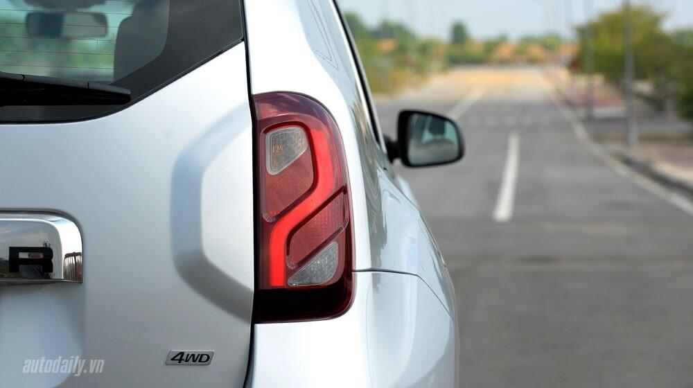 Đánh giá Renault Duster: SUV cho người thực dụng - Hình 7