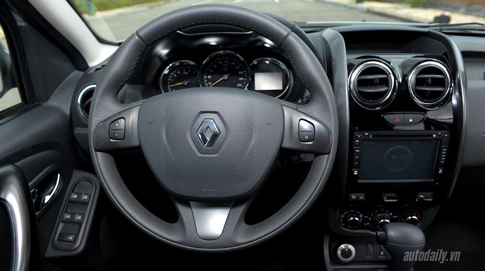 Đánh giá Renault Duster: SUV cho người thực dụng - Hình 11