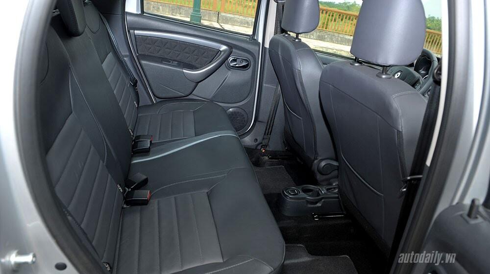 Đánh giá Renault Duster: SUV cho người thực dụng - Hình 12