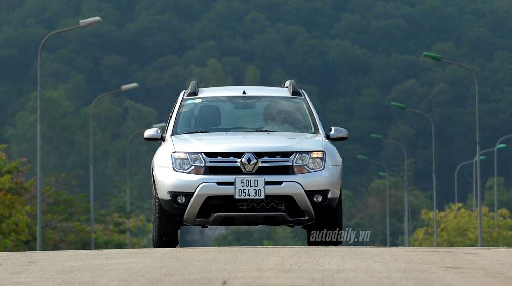 Đánh giá Renault Duster: SUV cho người thực dụng - Hình 15