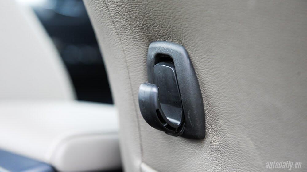 Đánh giá Toyota Hilux 3.0AT 2015: Vượt lên khái niệm xe bán tải - Hình 15