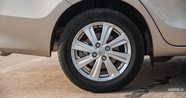 Đánh giá Toyota Vios 2016: Ấn tượng từ hộp số và cảm giác lái - Hình 11
