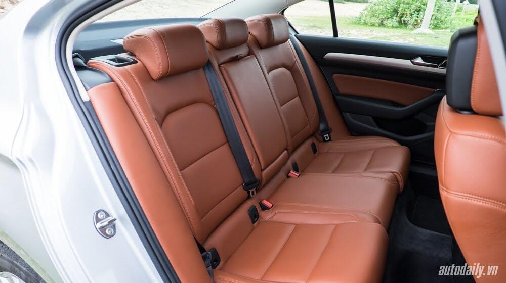 Đánh giá Volkswagen Passat 2016 – Sedan hạng D cho người trẻ - Hình 8