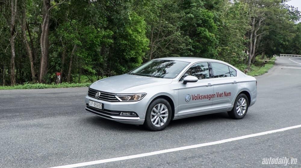 Đánh giá Volkswagen Passat 2016 – Sedan hạng D cho người trẻ - Hình 10