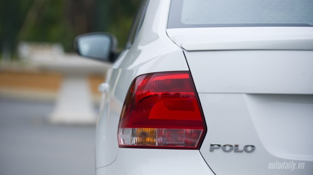 """Đánh giá Volkswagen Polo: Sedan đậm """"chất"""" Đức - Hình 5"""