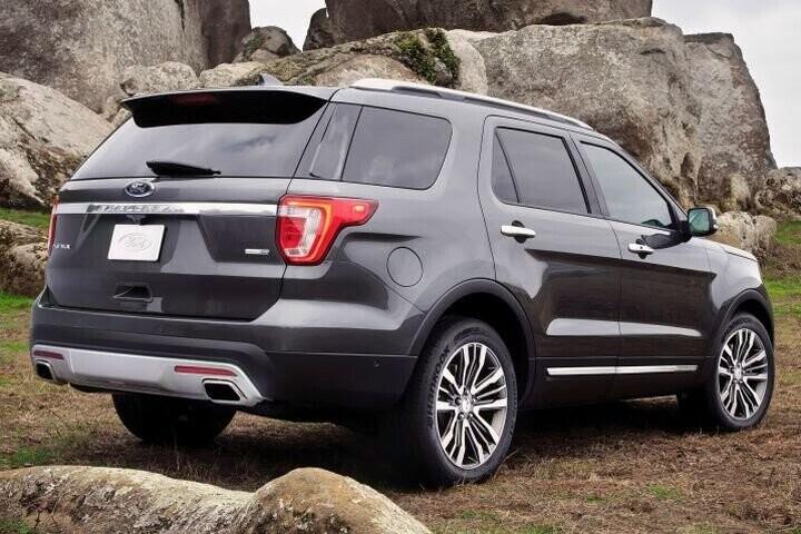 """Đánh Giá Xe Ford Explorer 2016 - mạnh mẽ và """"siêu"""" tiết kiệm nhiên liệu - Hình 3"""
