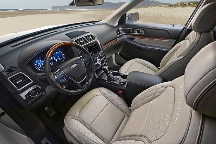 """Đánh Giá Xe Ford Explorer 2016 - mạnh mẽ và """"siêu"""" tiết kiệm nhiên liệu - Hình 10"""