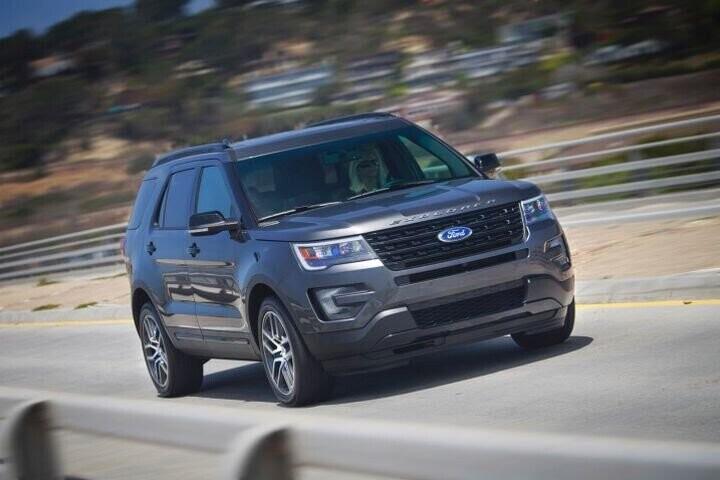 """Đánh Giá Xe Ford Explorer 2016 - mạnh mẽ và """"siêu"""" tiết kiệm nhiên liệu - Hình 17"""