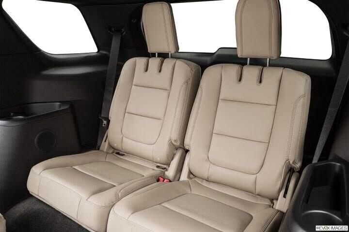 """Đánh Giá Xe Ford Explorer 2016 - mạnh mẽ và """"siêu"""" tiết kiệm nhiên liệu - Hình 19"""