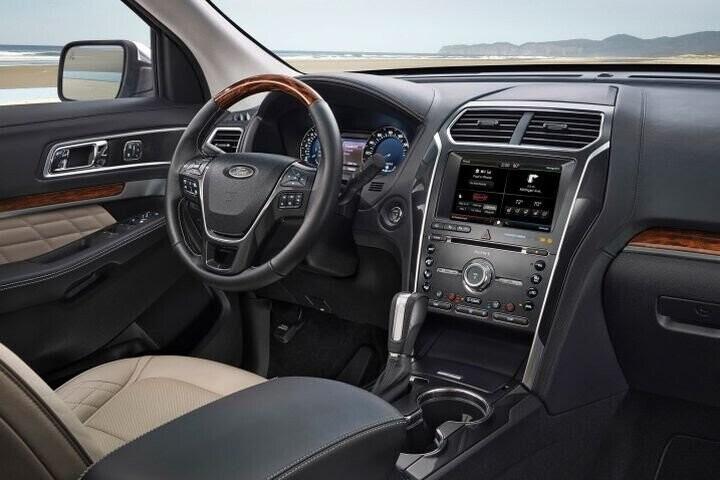 """Đánh Giá Xe Ford Explorer 2016 - mạnh mẽ và """"siêu"""" tiết kiệm nhiên liệu - Hình 28"""