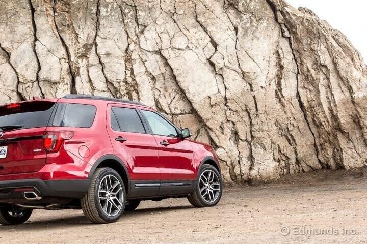 """Đánh Giá Xe Ford Explorer 2016 - mạnh mẽ và """"siêu"""" tiết kiệm nhiên liệu - Hình 30"""