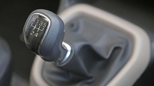 Đánh giá xe nhỏ, tiết kiệm Hyundai Grand i10 - Hình 7