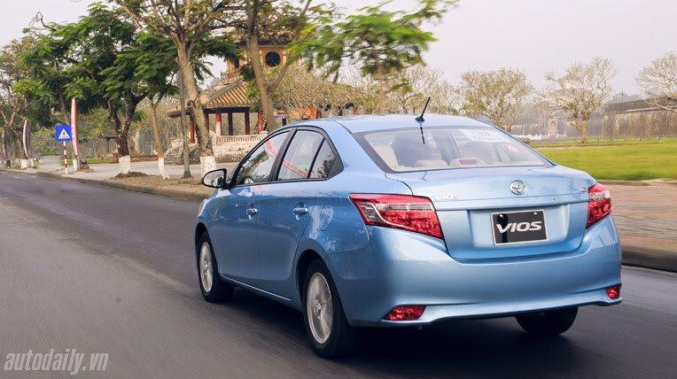 Đánh giá xe nhỏ Toyota Vios 2014 - Hình 12