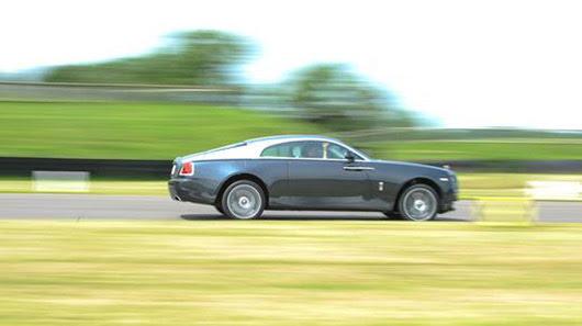 Đánh giá xe siêu sang - Rolls-Royce Wraith 2014 - Hình 5