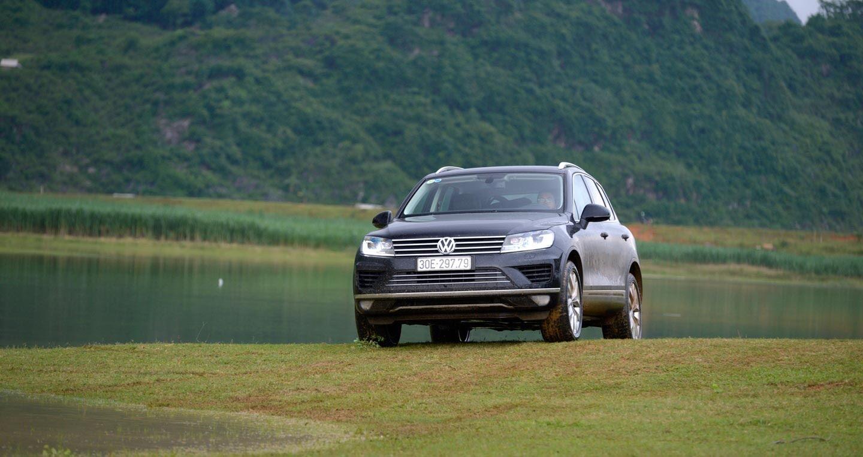 Đánh giá xe Volkswagen Touareg 2016: Riêng một lối đi - Hình 2