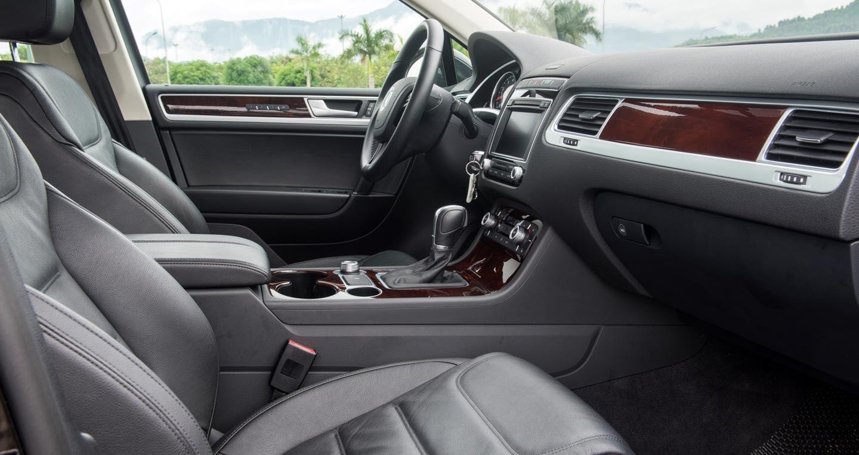 Đánh giá xe Volkswagen Touareg 2016: Riêng một lối đi - Hình 7