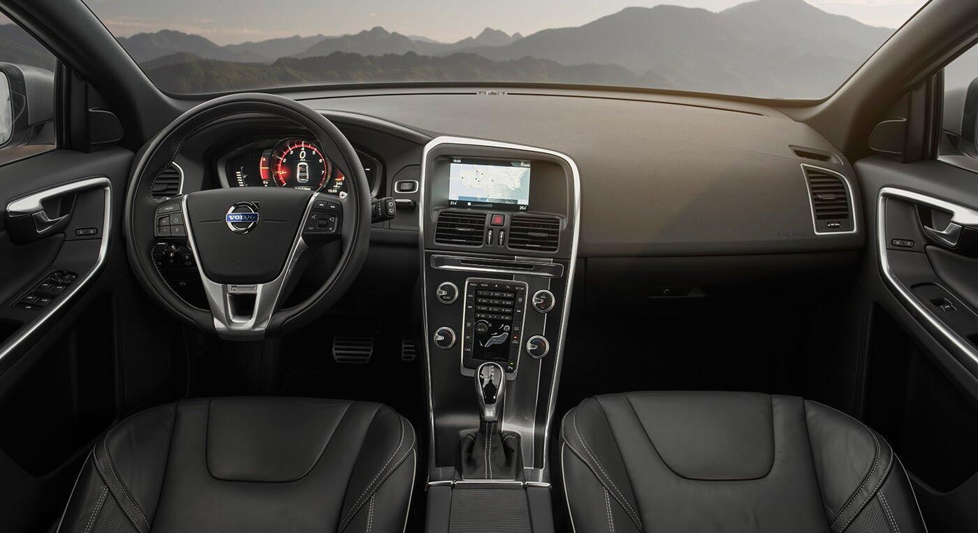 Đánh giá xe Volvo XC60 R-Design: Chuẩn mực xe an toàn - Hình 3