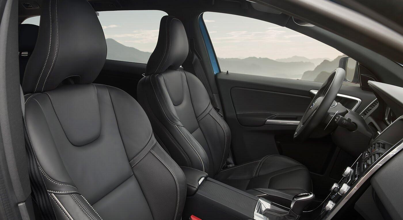 Đánh giá xe Volvo XC60 R-Design: Chuẩn mực xe an toàn - Hình 5