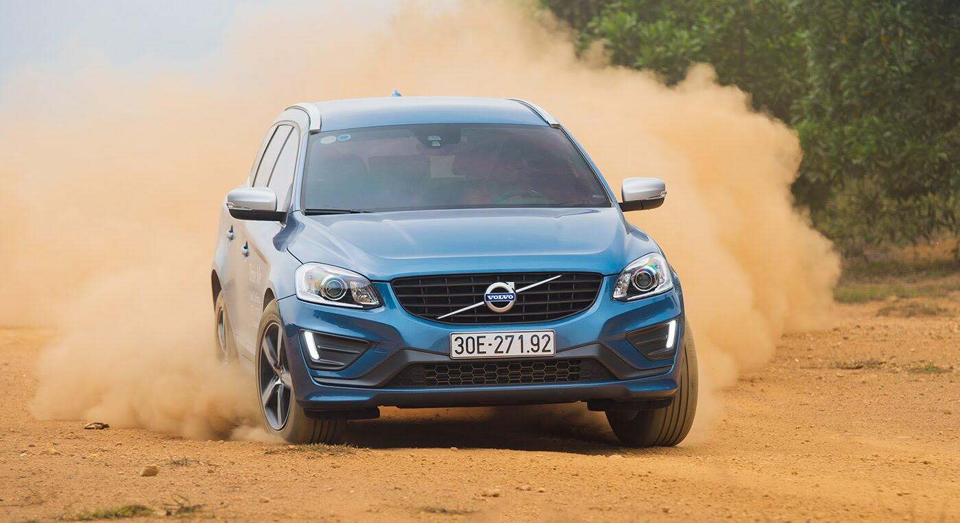 Đánh giá xe Volvo XC60 R-Design: Chuẩn mực xe an toàn - Hình 12