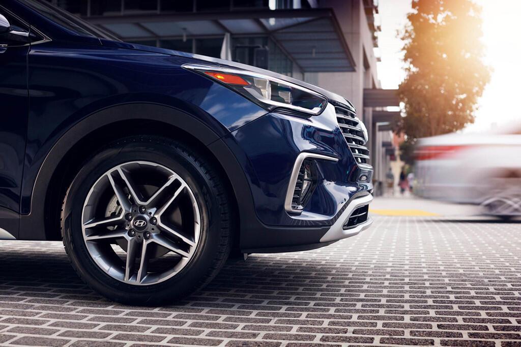 Đặt tên dễ nhầm lẫn, Santa Fe XL 2019 có giá bán ngang model cũ - Hình 4